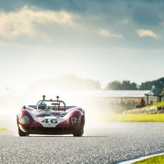 Racing_car_at_goodwood